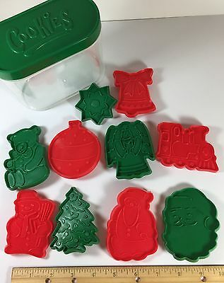 Vintage Christmas Cookie Cutters 10 In Reusable Container Plastic Red Green