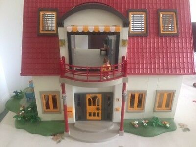 Playmobil Suburban House With Furniture Sets