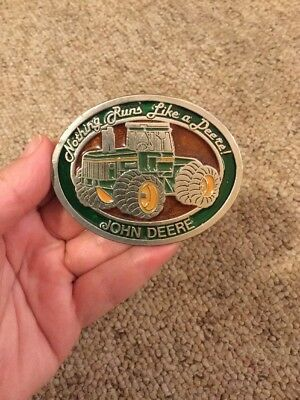 JOHN DEERE BELT BUCKLE -1990's - NOTHING RUNS LIKE A DEERE - USED - GREAT COND.