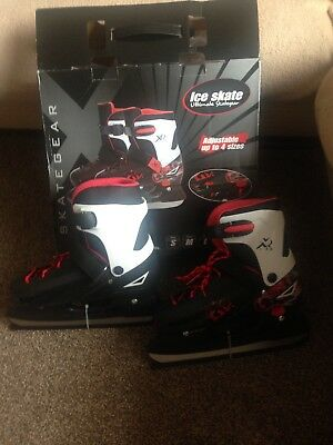 Adults ice skates size 4-7 2 pairs available
