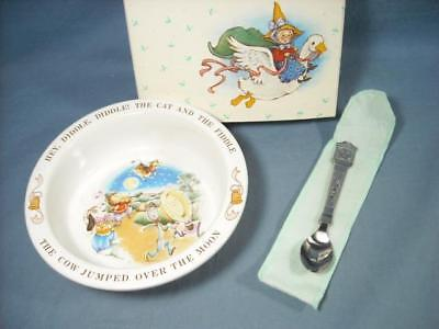 "New 1984 Avon Baby's Keepsake Spoon & Bowl Set Hey, Diddle Diddle 6.5"" Porcelain"