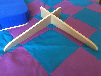 Lacemaking Table Top Pillow Stand