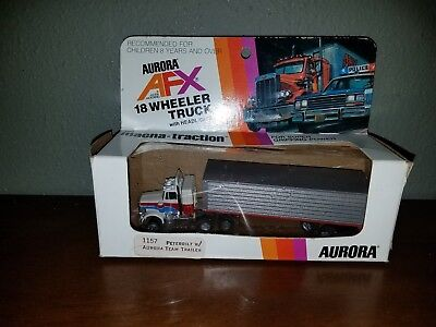 Aurora AFX Magnatraction Peterbilt Truck Tractor Trailer Lighted 1157 Box