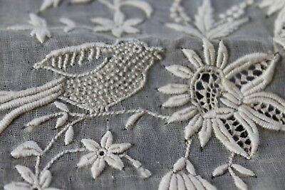 Vtg Antique BIRDS!! French Normandy Lace Tablecloth NOS Excellent Unused Net