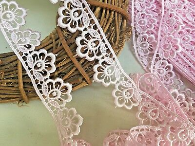 "*New* Pretty 38mm//1.5/"" White Daisy Flower Design Gathered Frilled Lace Trimming"