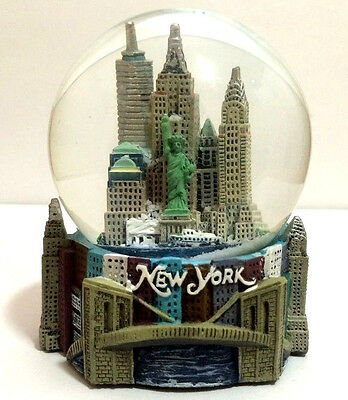 LARGE 100mm Musical New York City Snow Globe NYC Skylines & Statue of liberty