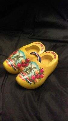 Holland Souvenir Wooden Miniature Yellow Painted Shoes With Tulips & Windmill