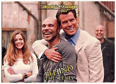 Behind Scenes #74 The World Is Not Enough 1999 James Bond 007 Trade Card (C1158)