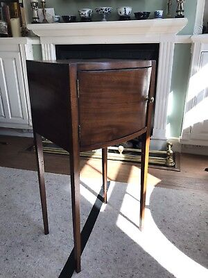 Antique Georgian Bow Fronted Bedside Pot Cupboard.