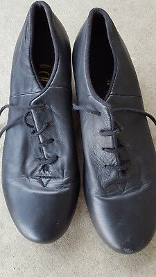 Womens tap shoes size 8 Bloch, black, lace up