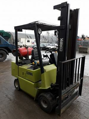 clark 2 tonne gas forklift gpm 20 s 2 750 00 picclick uk rh picclick co uk
