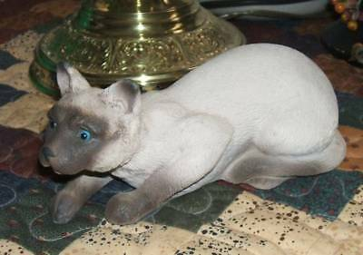 Beautiful Sandcast Figurine of A Siamese Cat For Your Collection