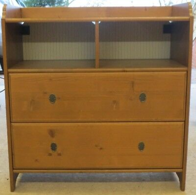 Superbe Childs Pine Chest / Baby Changing Table (2 Large Draws)