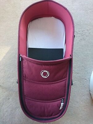 Bugaboo Bee 5 Bassinet/Carrycot in premium Red Melange colourway