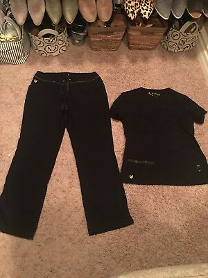 Urbane Ultimate Black Solid Scrubs Set With Small Top & MEDIUM Pants GUC