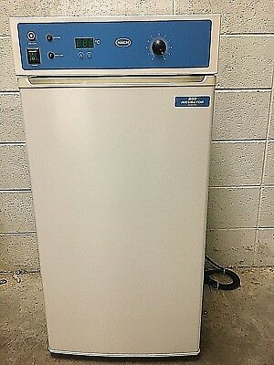 Hach BOD Incubator Model 205 with manual