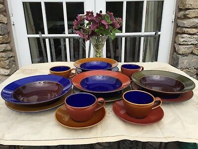 Vibrant Lindt Stymeist Japan Colourways 16-Piece Dinnerware / Tea Set for Four