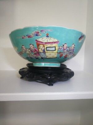 A Large Chinese Qing Dynast Famille Rose Porcelain  Bowl.