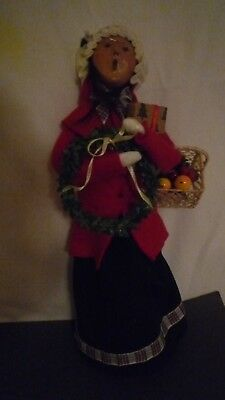 Byers Choice Lady with wreath, fruit basket & Christmas package