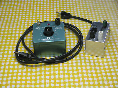 SMALL STACO VARIABLE Autotransformer (Variac) in Case with Outlet + Extra