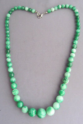 ANTIQUE VINTAGE ASIAN Chinese WHITE & GREEN MIX JADE GRADUATE BALL BEAD NECKLACE