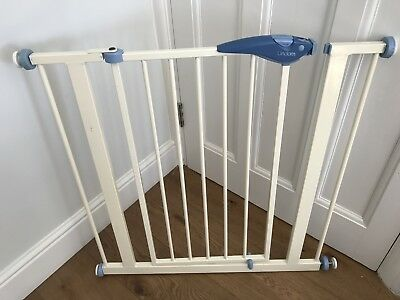 Lindam Baby Safety Stair Gate - Pressure Fit - White - Used