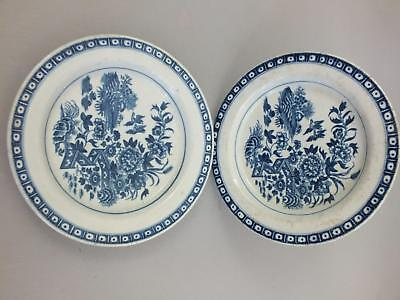 """18thC PAIR OF """"WORCESTER"""" ENGLISH PORCELAIN PLATES WITH FENCED LANDSCAPE DECOR"""