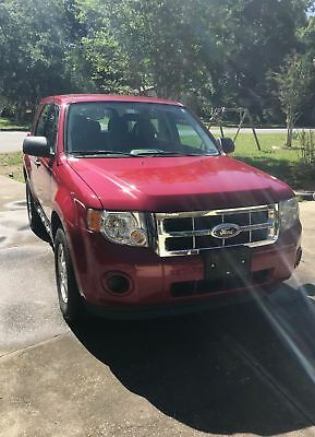2011 Ford Escape XLS 2011 Ford Escape XLS One Owner, Low Miles, No Accidents!