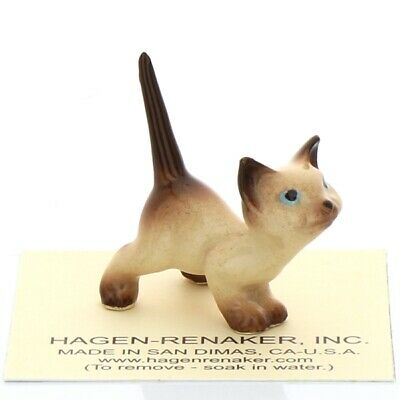 Siamese Curious Kitty Miniature Cat Figurine made in America by Hagen Renaker