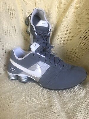 Nike Shox NZ EU Deliver Sneaker Running Grey White Silver Gr. 42,5 US