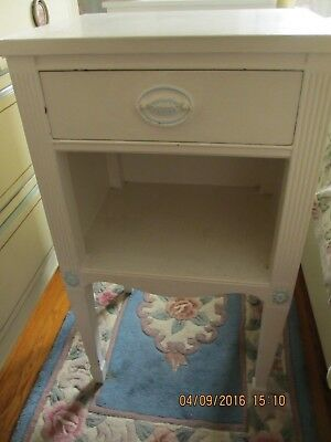 Mahogany/cherry, Vintage End Table Painted White