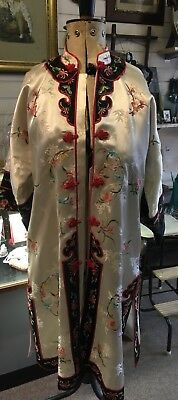 Vintage chinese Embroidered Silk Oriental Kimono Coat
