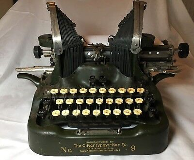 The Oliver No. 9 Batwing Standard Visible Writer- 1916