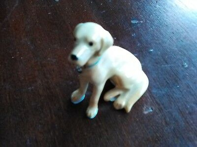 Yellow Labrador Retriever Figurine Lab Hagen Renaker