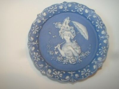 Victorian Cameo Lady  Blue/white  Plate