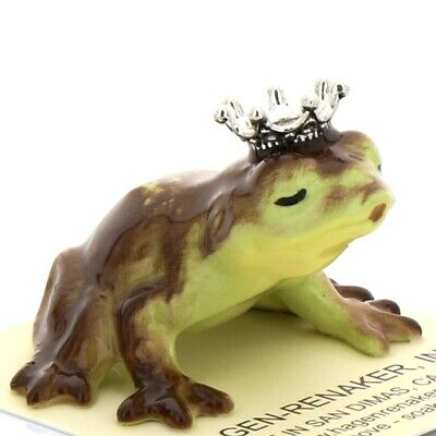 Kissing Frog Miniature Ceramic Figurine Made in the USA by Hagen-Renaker