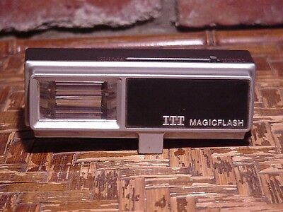 Vintage ITT Magicflash EF-246 Flash Attachment For Camera