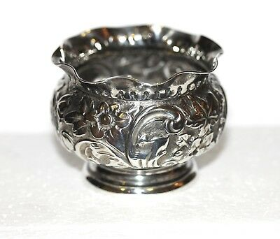 Pretty Antique VICTORIAN Solid Sterling Silver Floral Embosed SALT POT 1893 29g