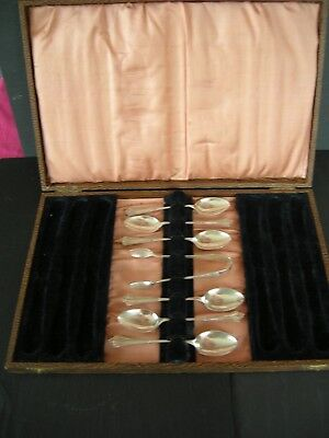 Set of 6 Solid Silver Tea Spoons & Tongs, Original Box 1916, 89 grams not scrap