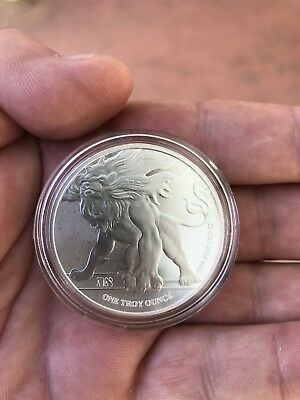2018 Niue Roaring Lion  1oz .9999 Silver Coin -  BU in Capsules Lot of 15
