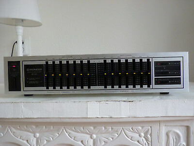 Pioneer Sg - 560 Graphic Equalizer. Nice!!