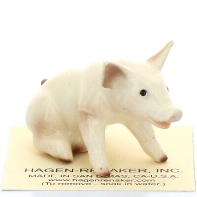 Baby Pig Sitting Miniature Figurine Farm Animal Model USA made by Hagen-Renaker