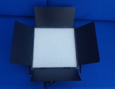 Used GODOX LED1000C 3300K-5600K LED Video Continuous Light Lamp Panel