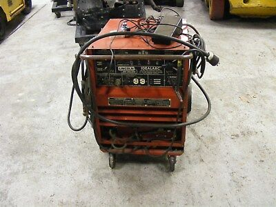 Lincoln Idealarc Welder Cat No.Tig 250/250 Complete w/Leads & Foot Control AC/DC