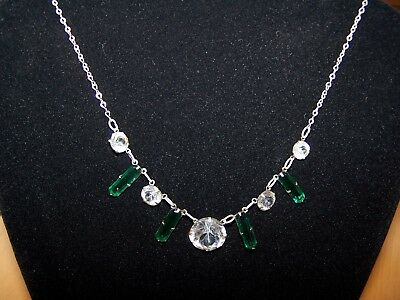 Vintage Art Deco Necklace with Green Stones