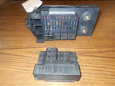 2001 2002 Ford Expedition Interior Under Dash Fuse Box Relay YL1T-14A067-AA OEM