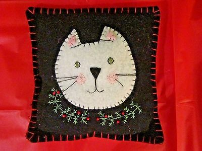 """Hand stitched Embroidered Christmas White Cat Felt Mini Pillow 6 3/4"""" x 7 1/2"""""""
