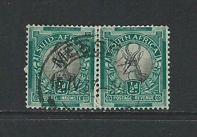 SOUTH AFRICA - 1/2d SPRINGBOK USED DATED PAIR (1937)