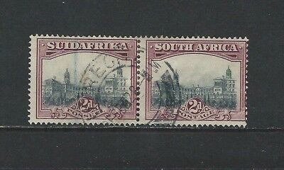 SOUTH AFRICA - #54 - 2d PRETORIA GOVERNMENT BUILDINGS USED PAIR (1933)