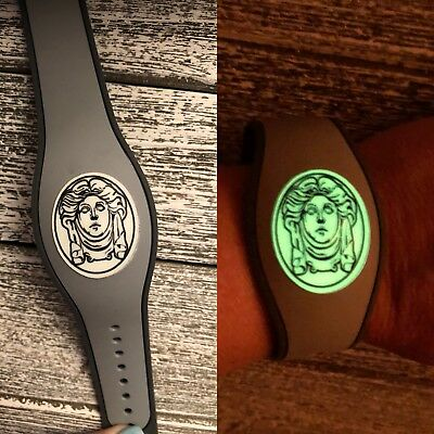 1 Disney Magic Band Decal Sticker Haunted Mansion Madame Leota Glow in THE Dark